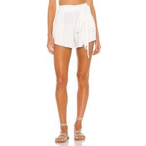 ANAAK Shorts - NWT ANAAK Brigette Petal Shorts in White Sz. 0/XS
